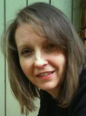 Cate Perry headshot